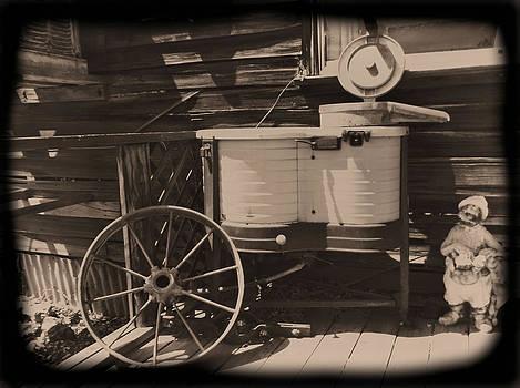 Cindy Nunn - Washing Day