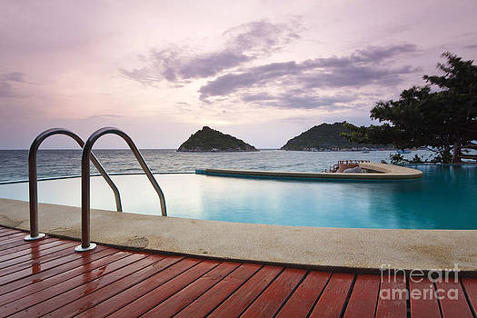 Water Pool At Koh Tao South Of Thailand by Anusorn Phuengprasert nachol