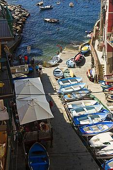 samdobrow  photography - Waterfront at Riomagiorre