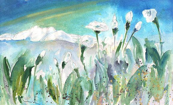 Miki De Goodaboom - White Beauties in Crete