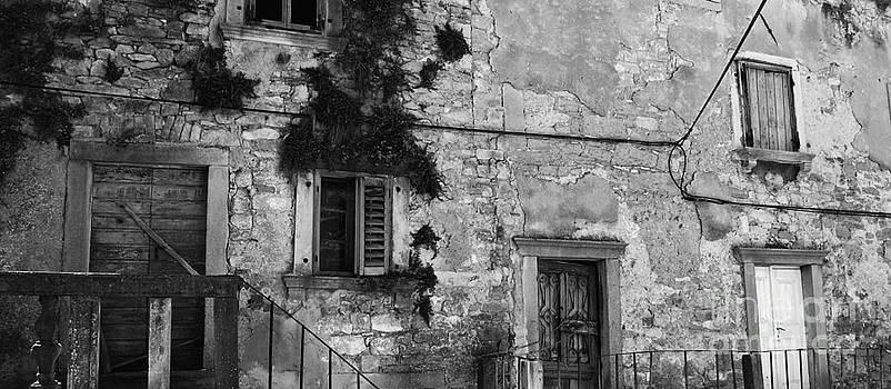 Crumbling in Croatia by Andy Prendy