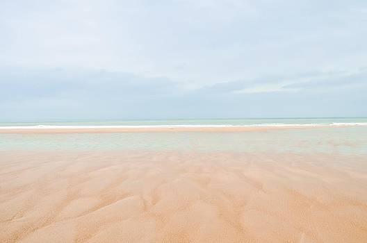 Woolacombe Beach by Simon Clare