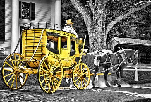 Evelina Kremsdorf - Yellow Carriage