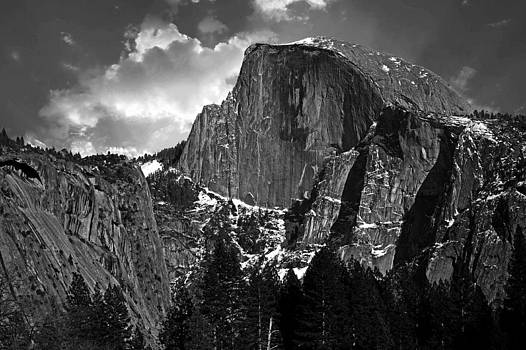 Yosemites Half Dome by Rick Mutaw