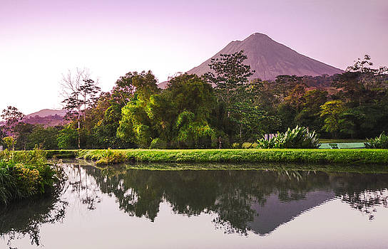 Arenal volcano by Paul Geilfuss