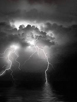 Water lightning by Robert Foster