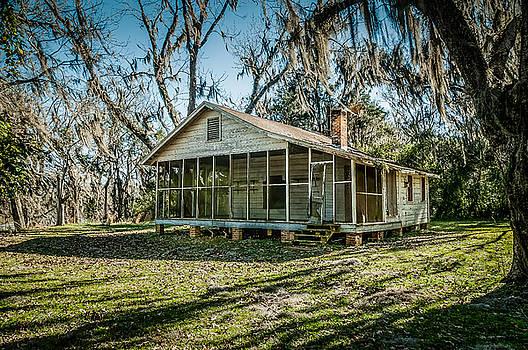 Abandoned house old cahawba by Phillip Burrow