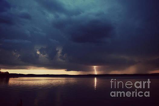 Approaching Storm by Kelly Nowak
