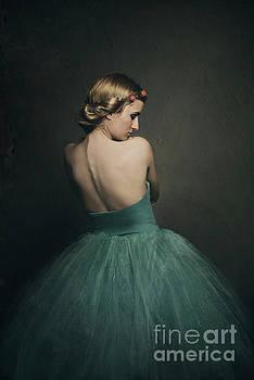 Ballerina by Jelena Jovanovic