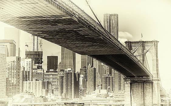 Brooklyn Bridge by John Hoey
