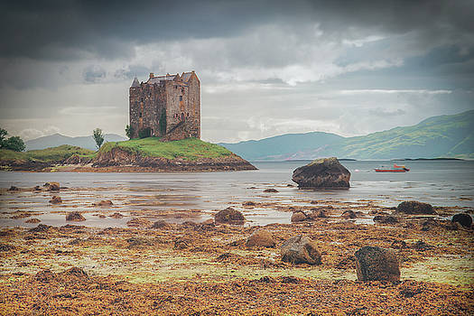 Castle Stalker by Ray Devlin