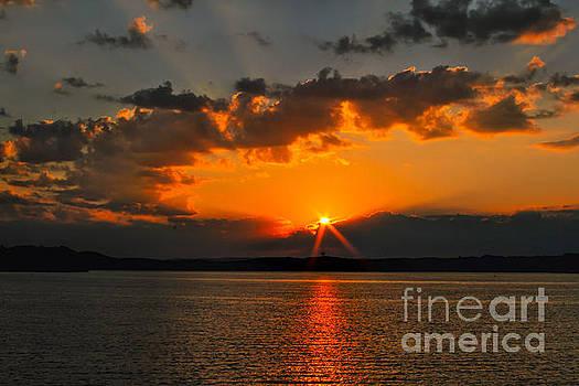 Chattanooga Sunrise # 2 by Geraldine DeBoer