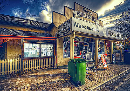 Country Grocer by Wayne Sherriff