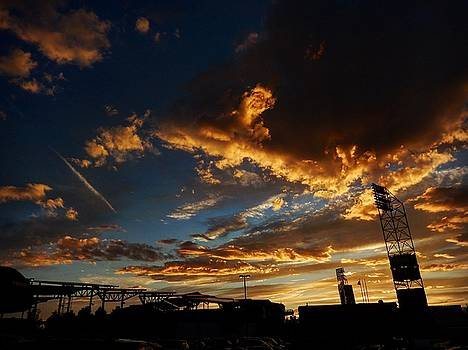 Dicks' Sunset by David Powell