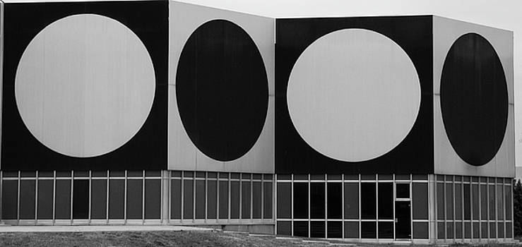 Dot Building by Matthew Bamberg