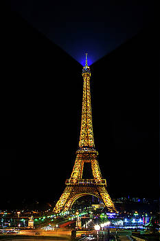 Eiffel Tower at Night by Andrew Soundarajan