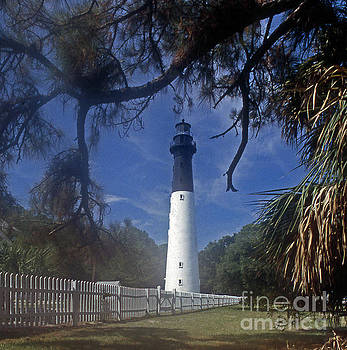 Skip Willits - LH 8-3 HUNTING ISLAND LIGHTHOUSE SC
