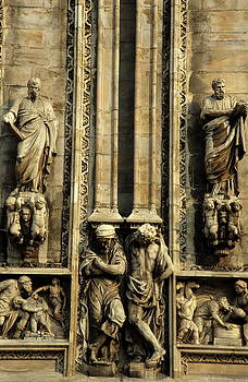 Sami Sarkis - Intricate sculptures on the Milan Cathedral