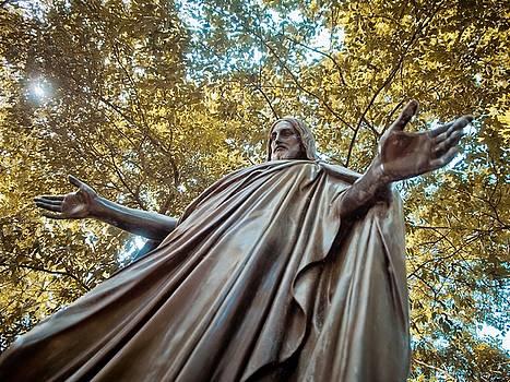 Jesus in Bronze by Linda Unger