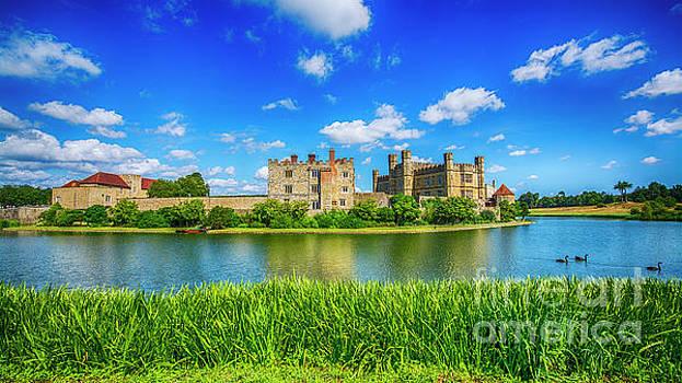 Leeds Castle Kent by Chris Thaxter