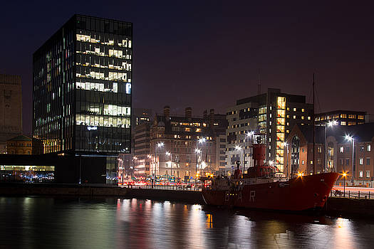 Liverpool at night by Susan Tinsley