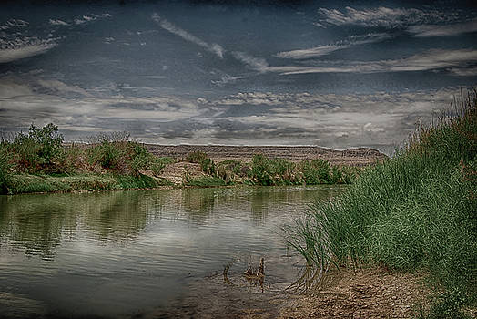 Sleepy Rio Grande by Judy Hall-Folde
