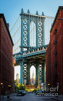 Manhattan Bridge by Inge Johnsson