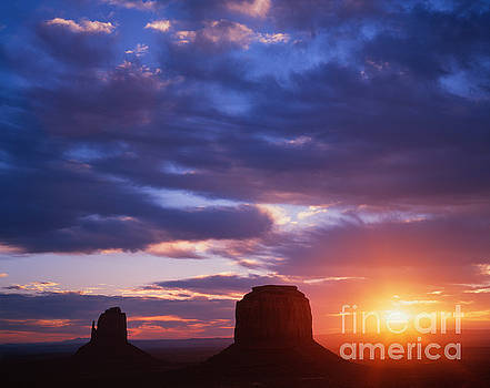 Dennis Flaherty - Monument Valley