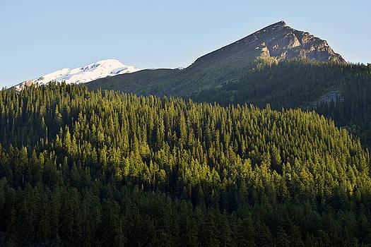 Mountainscape by Sumit Mehndiratta
