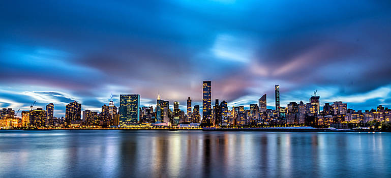 New York City Skyline by Rafael Quirindongo