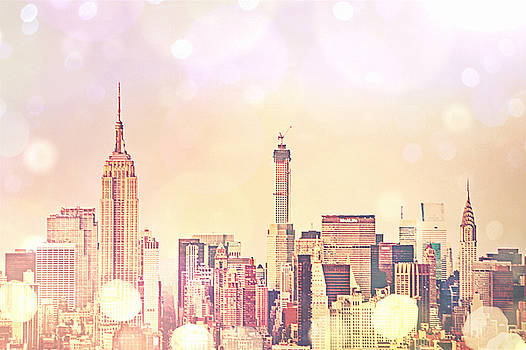 New York City - Skyline by Vivienne Gucwa