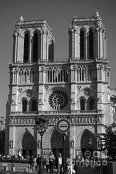 Notre Dame cathedral in black and white by Patricia Hofmeester