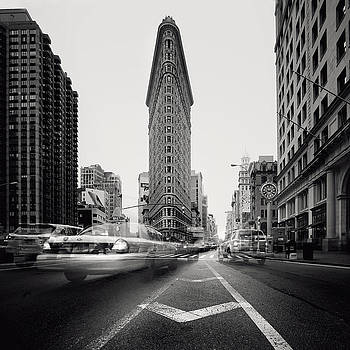 NYC Flat Iron by Nina Papiorek