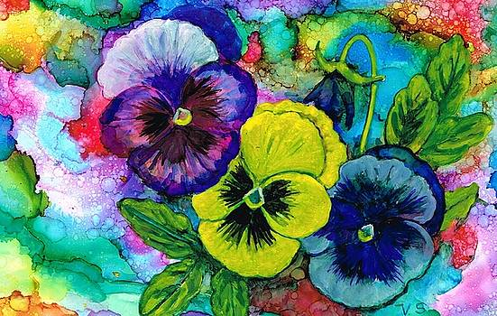 Pansy posy by Val Stokes