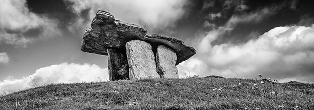 Martina Fagan - Poulnabrone dolmen