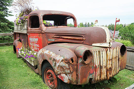 Rusty and crusty Ford by Nick Mares