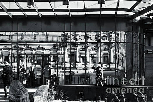 Shoppers by Magomed Magomedagaev