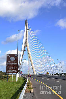 Joe Cashin - The Thomas Francis Meagher bridge
