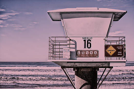 Tower 16 - Part 2 - Cardiff by the Sea - San Diego - California by Bruce Friedman