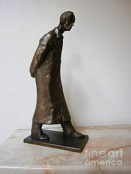 Walking man by Nikola Litchkov