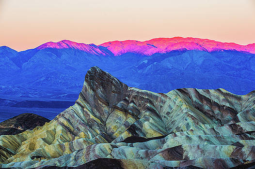 Zabriskie Point - Death Valley by Hisao Mogi