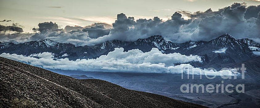 Eastern Sierras by Richard Smukler