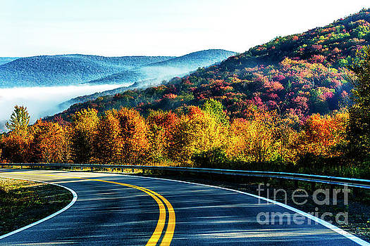 Autumn Highland Scenic Highway by Thomas R Fletcher
