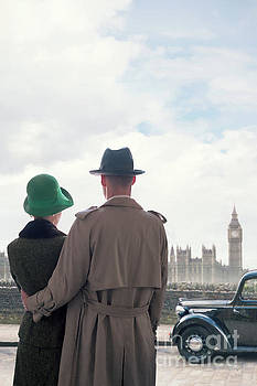 1940s Couple In London  by Lee Avison