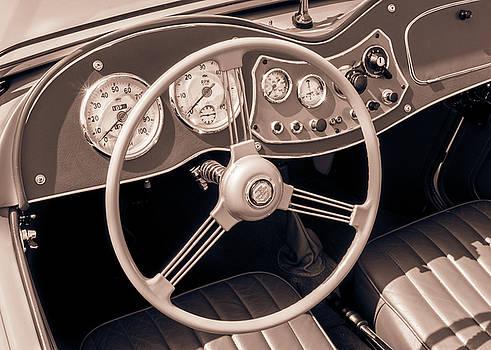 1951 MG TD Midget dashboard and steering wheel by Jim Hughes