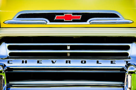 Jill Reger - 1959 Chevrolet Napco Fleetside Grille Emblem -1634c