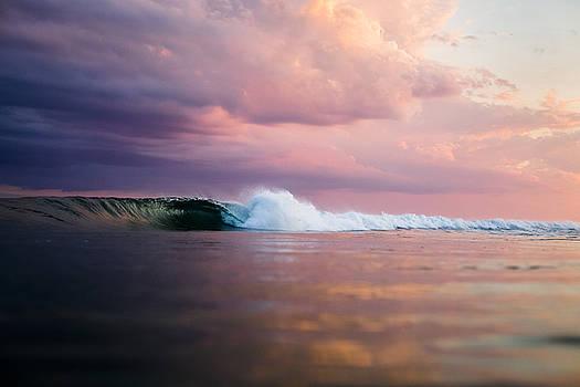 Long Island Wave by Ryan Moore