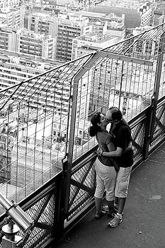 Love in Paris by Justyna Lorenc