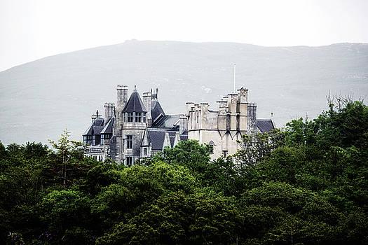 Puxley Mansion - Ireland by Joana Kruse