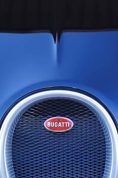 Jill Reger - 2008 Bugatti Veyron Hood Ornament